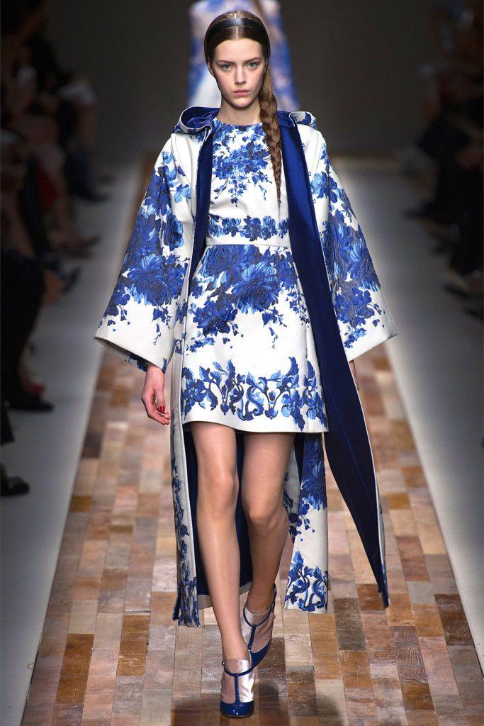 Платье и пальто в русском стиле