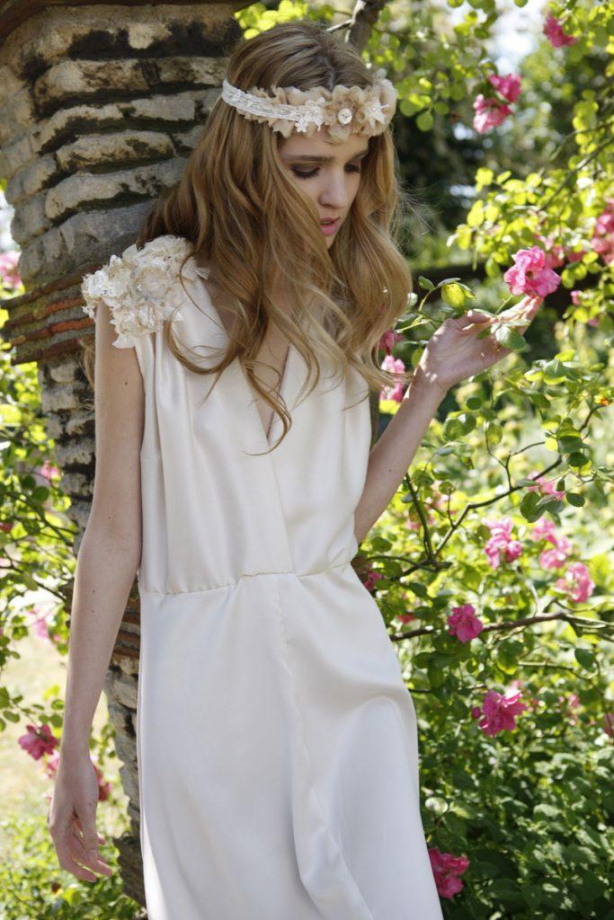 Кремовое свадебное платье в стиле бохо