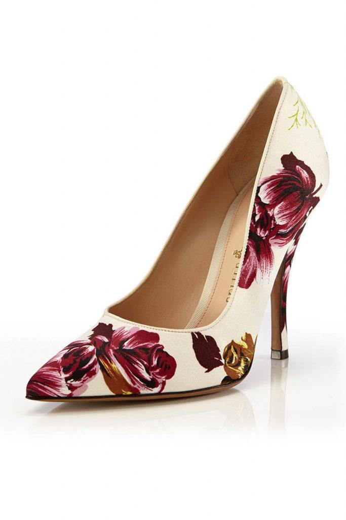 Бежевые туфли с цветочным принтом