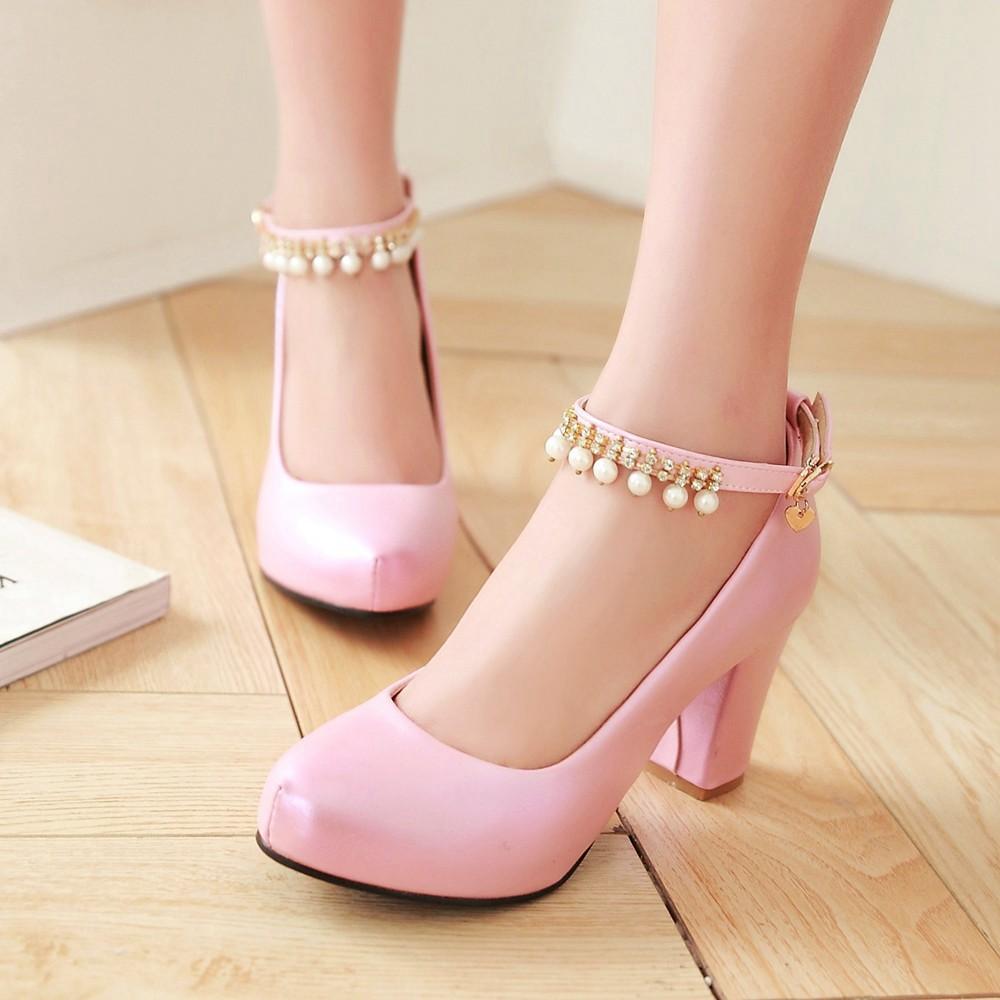 Розовые туфли с круглым носом