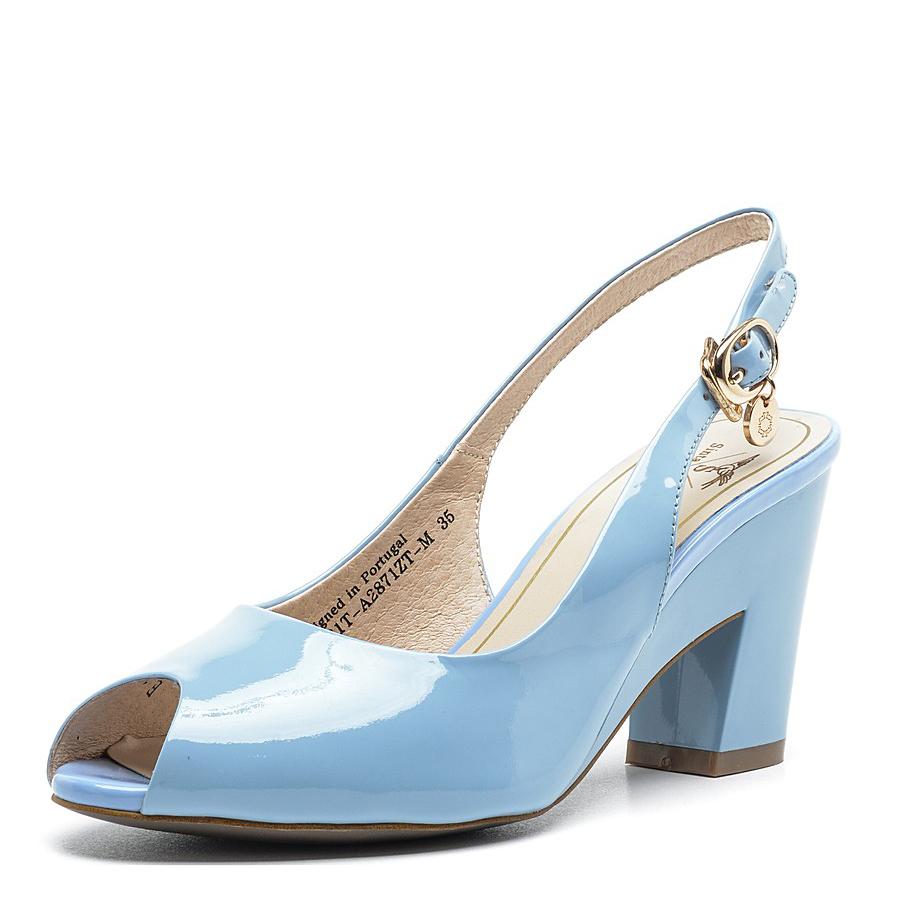Элегантные голубые босоножки