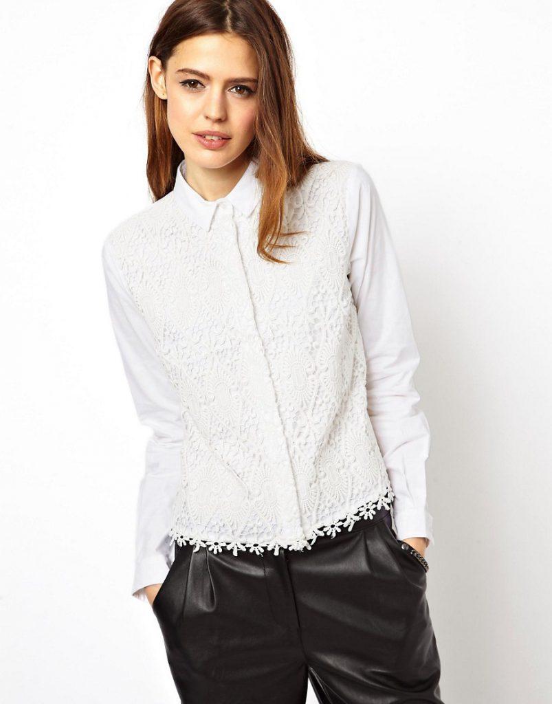 Украшение белой блузки кружевом