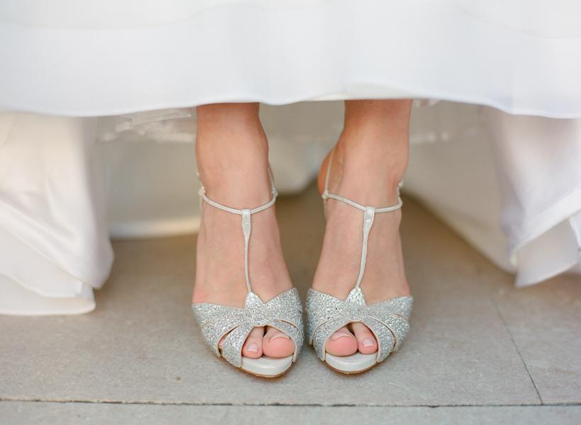 Серебряные босоножки на свадьбу