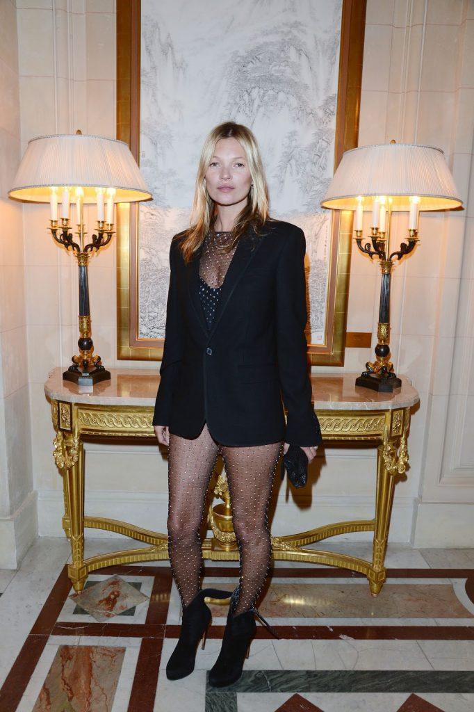 Образ Кейт Мосс в черном пиджаке