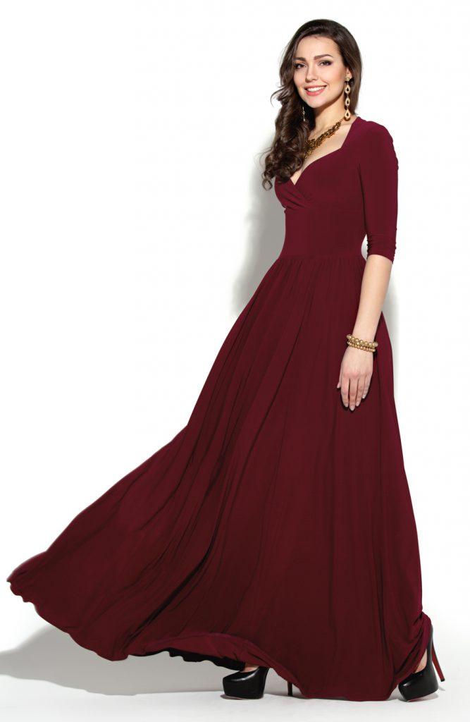 Бордовое длинное трикотажное платье