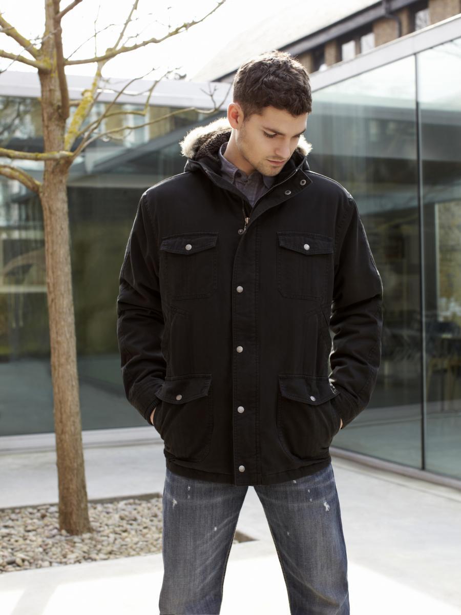 Классическая куртка из денима на зиму