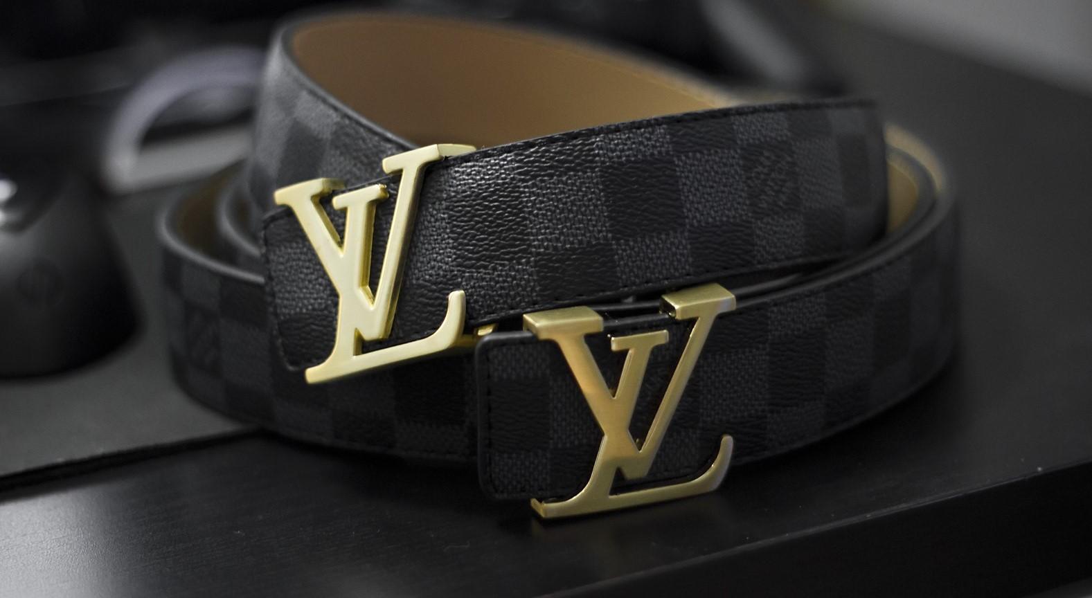 Ремень знаменитого бренда Louis Vuitton