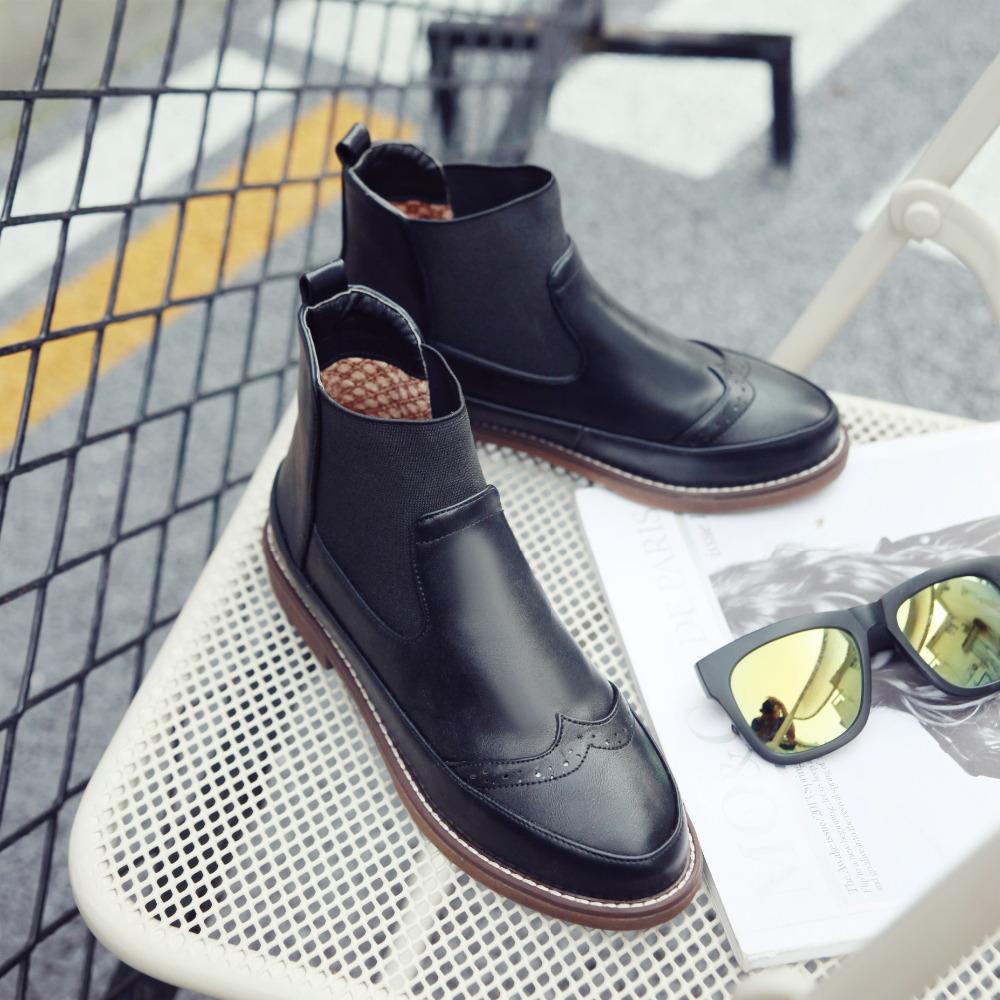 Женская весенняя обувь