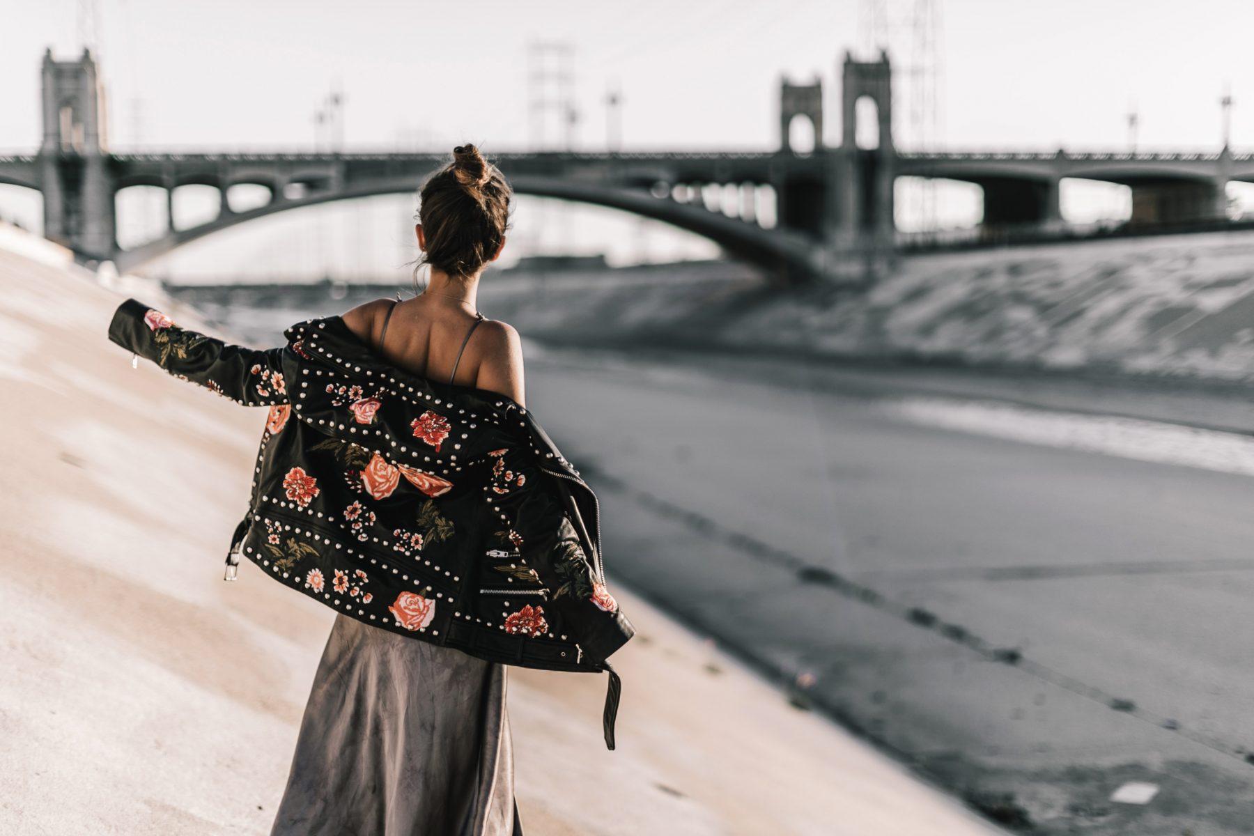 Платье-комбинация с косухой