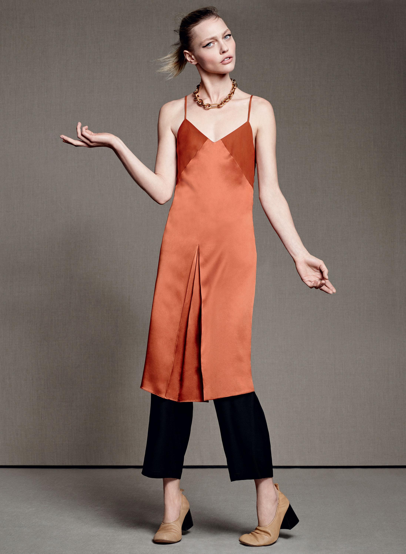 Платье-комбинация модного терракотового оттенка