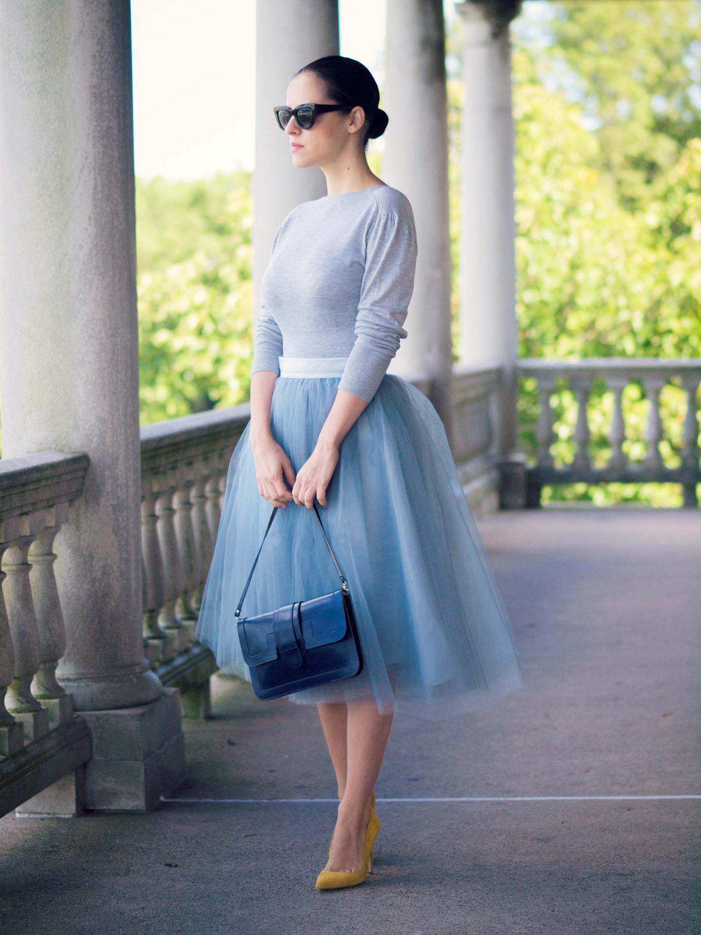 Голубая юбка из органзы