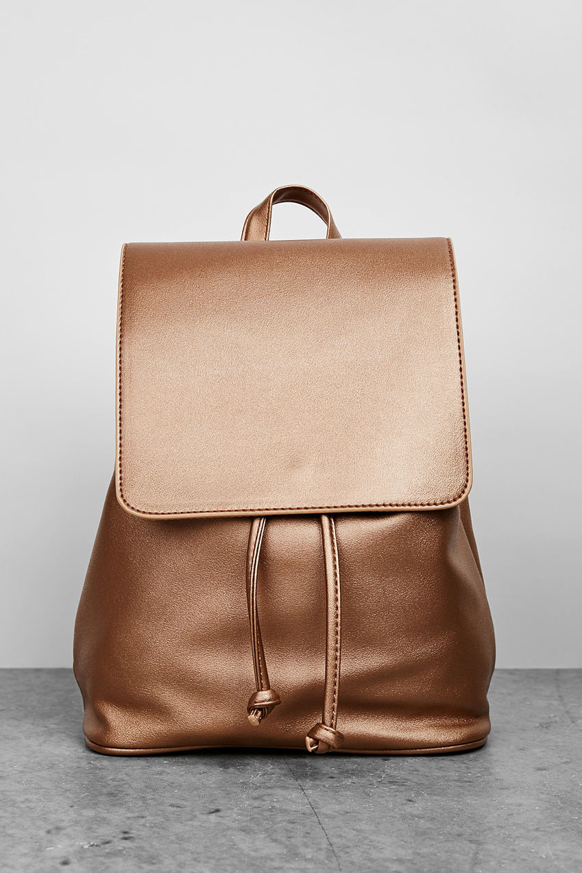 Рюкзак из металлизированной кожи