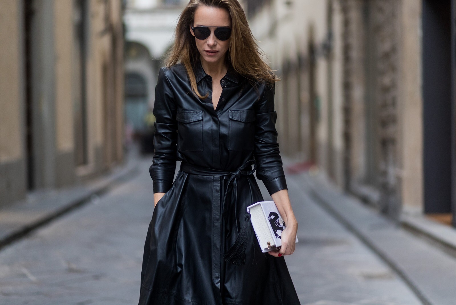 Кожаное платье-пальто