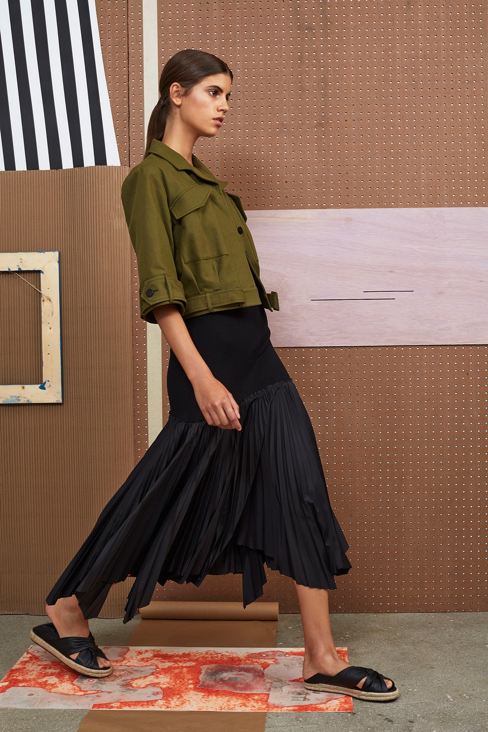 Модная асимметричная юбка-плиссе
