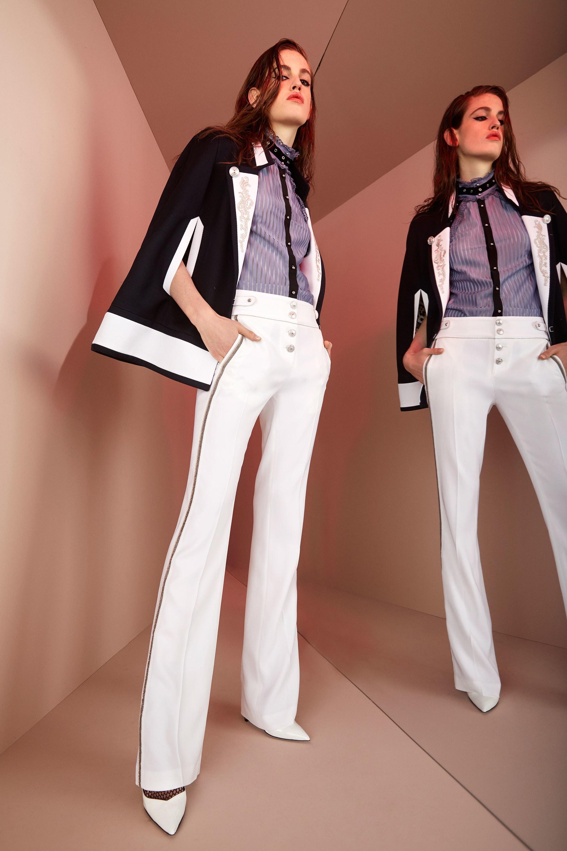 Женские классические брюки изоражения