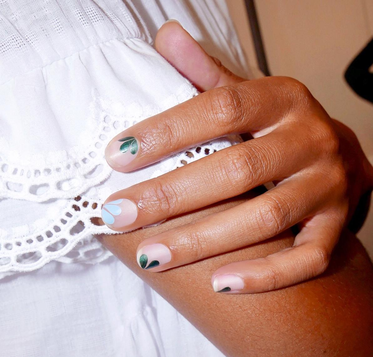 Мода в ногтях фото