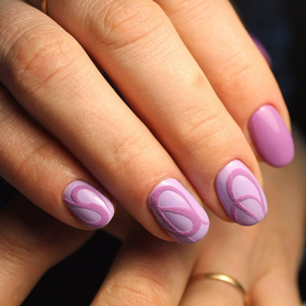 Бархатный песок на коротких ногтях фото