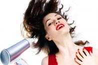 Как выпрямить волосы с помощью фена: простые методы укладки в домашних условиях