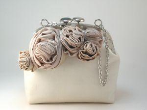 Как украсить кожаную сумку своими руками — варианты декора