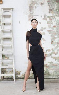 Платье с разрезом: выбираем наряд на 14 февраля