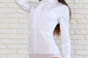 С чем носить модную рубашку-боди?