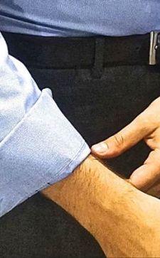 Как закатывать рукава на рубашке: особенности и правила