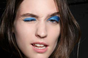 Синий макияж: стильные идеи для волшебных образов