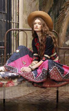 Этнический стиль в одежде 2019 года:  образы с платьями и рубашками