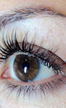 Кератиновое ламинирование ресниц: очаровывай взглядом