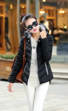Короткие женские куртки: виды и особенности выбора по фигуре