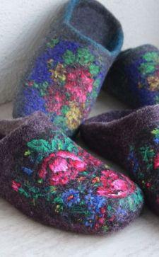 Валяние тапочек: тонкости создания оригинальной и комфортной обуви ручной работы