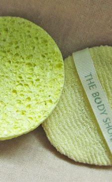 Как подобрать спонж для умывания, чтобы кожа засияла