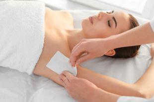 Восковая эпиляция подмышек: рецепт идеально гладкой кожи