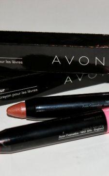 Помада-карандаш для губ «Эйвон»: стойкость цвета и удобство использования