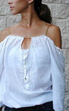 Модные женские блузки с открытыми плечами