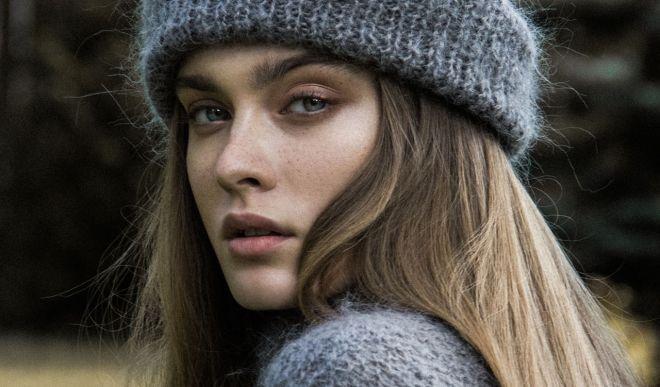 Элегантные шапки из мохера: как выбрать модную модель 2018 года?