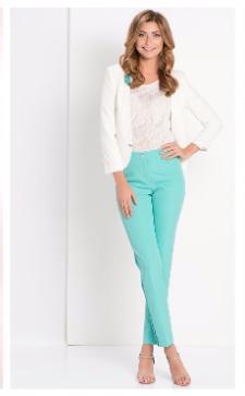 С чем носить брюки 7/8: стильные решения для разных ситуаций