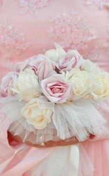 Розовое свадебное платье: выбор утонченных особ