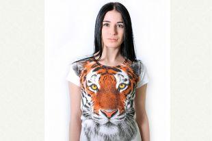 Модные женские футболки 2019