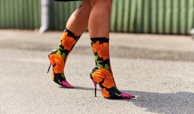 Сапоги на шпильке – обувь настоящей женщины