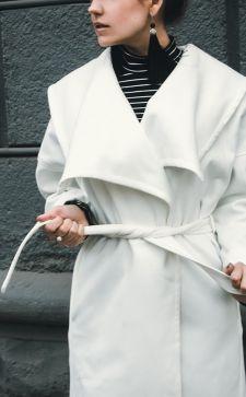 С чем носить белое пальто: модные сочетания