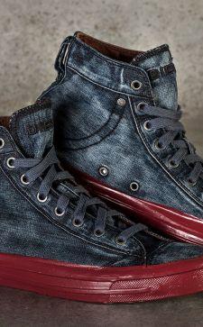 Стильная мужская обувь из джинсовой ткани