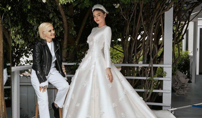 Атласное свадебное платье: роскошь и благородство в стиле невесты