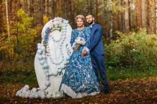 Свадебные платья в русском стиле, или воплощение невинного образа