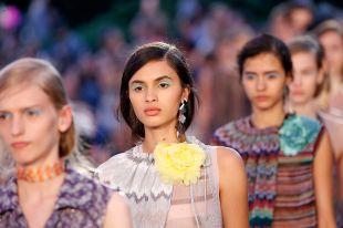 Модная весна и трендовое лето 2018 года от Missoni