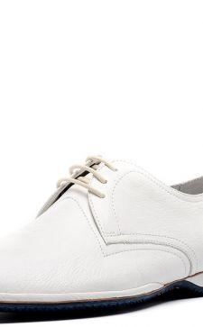 Как правильно носить мужские белые туфли