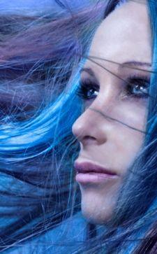 Как смыть тоник с волос: лучшие примеры бытового бьюти-арсенала