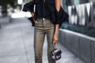Черная блузка: фасоны, материалы, с чем носить