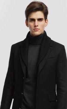 Черное мужское пальто: современные и классические модели