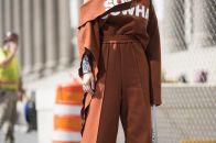 Широкие женские брюки: стильный тренд сезона 2017 – 2018